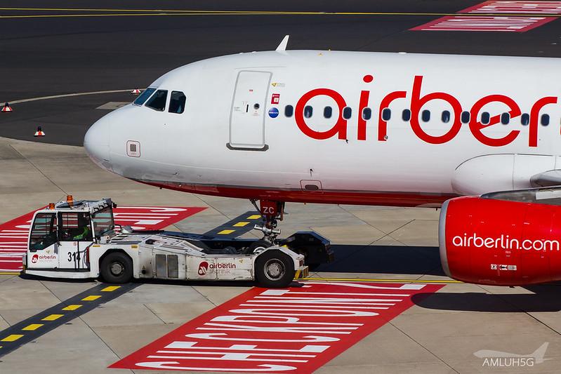 Air Berlin - A320 - D-ABZC (1)