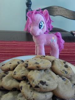 Cookies For Everypony! | by Dreaming Magpie