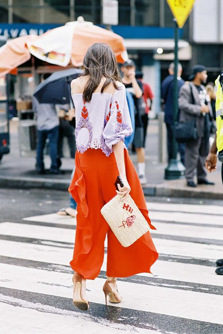 Summer outfit inspiration street style fashion accesories4