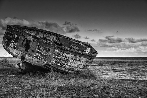 Abandoned Boat Sizewell | by Thornberry!