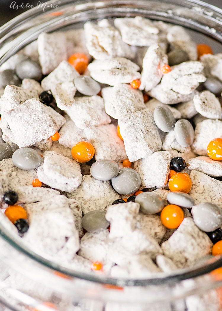 perfect for a star wars party everyone loves bb8 muddy buddies