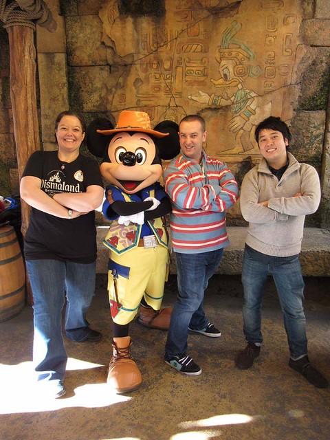 Meeting Mickey at DisneySea