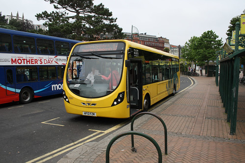 Yellow Buses SC852 HF13FZM