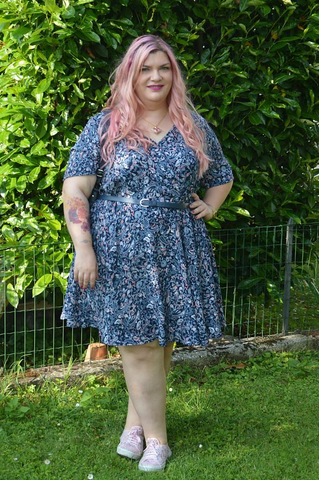 Outfit floreale blu e rosa (5)