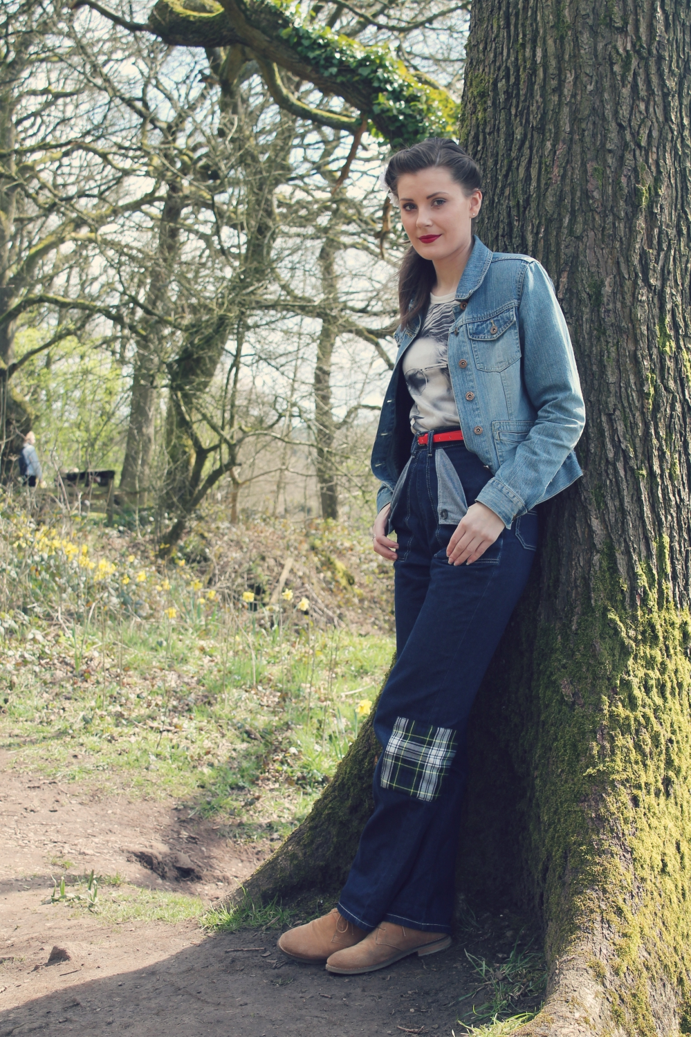 vintage denim outfit via www.lovebirdsvintage.co.uk