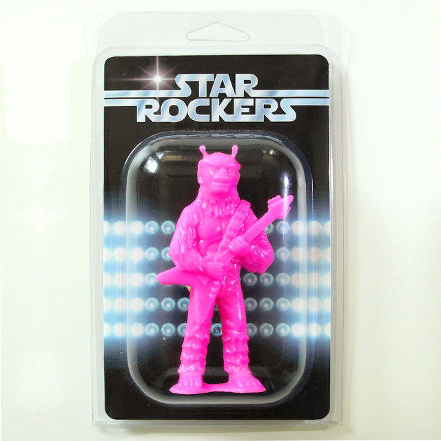 ARM_StarRockers-Chewrocka_package_CC-Pink