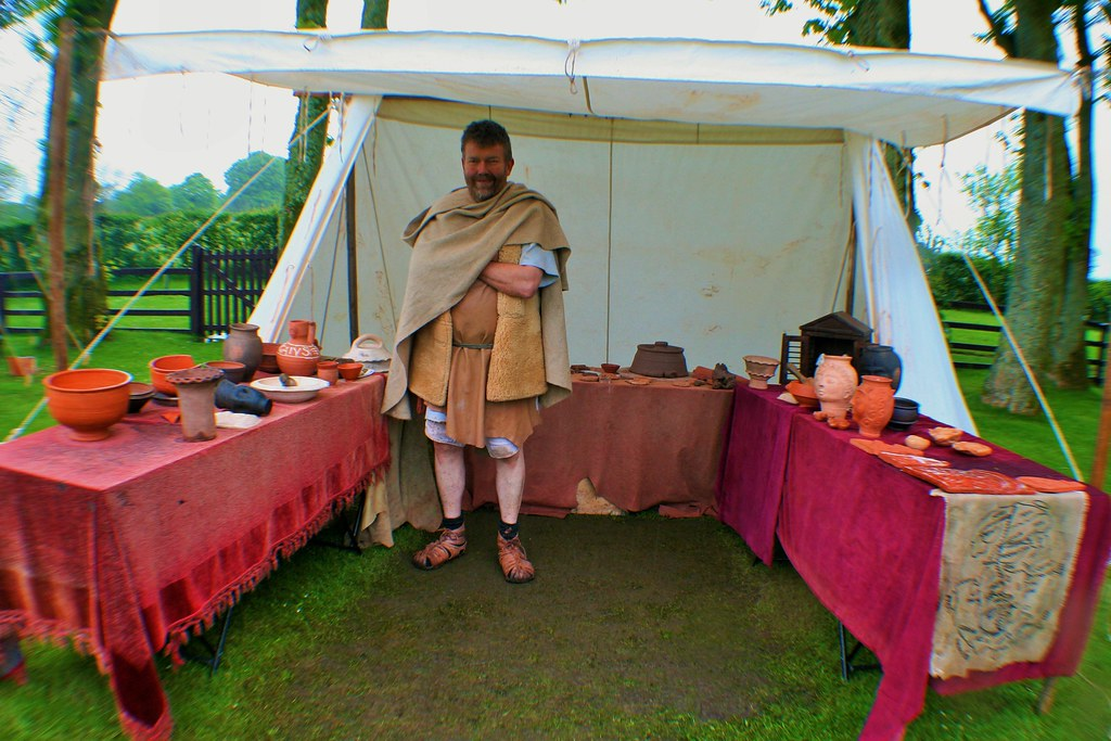 Roman Potter with wares