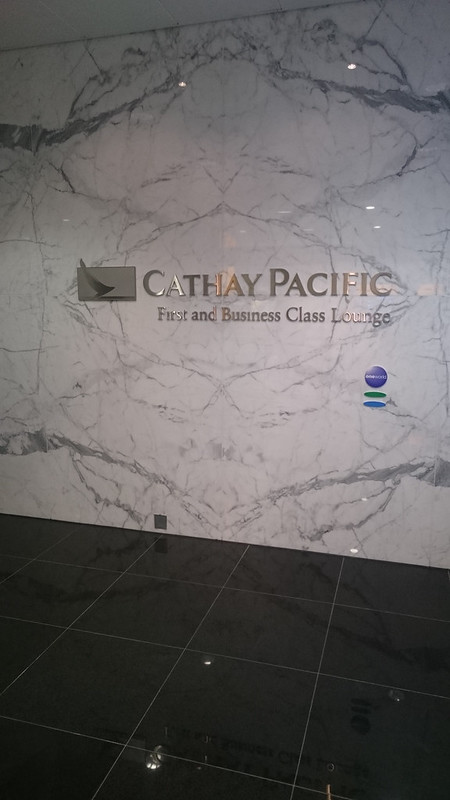 27399839254 f26f42a5f5 c - REVIEW - Cathay Pacific First Class Lounge, London Heathrow T3 (October 2015)