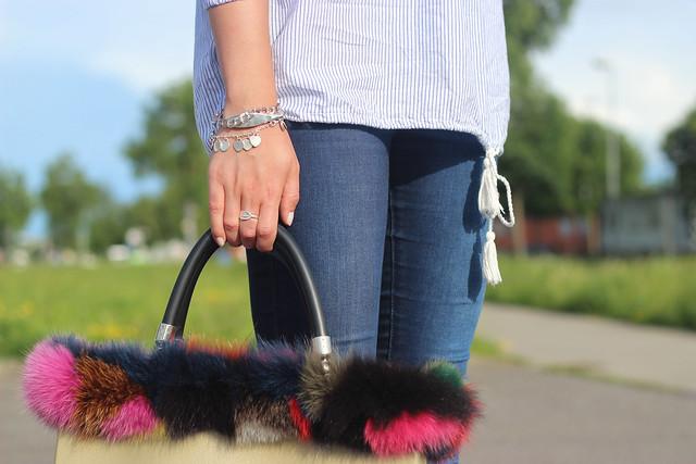 off-shoulder-detail-fur-bag-wmbg