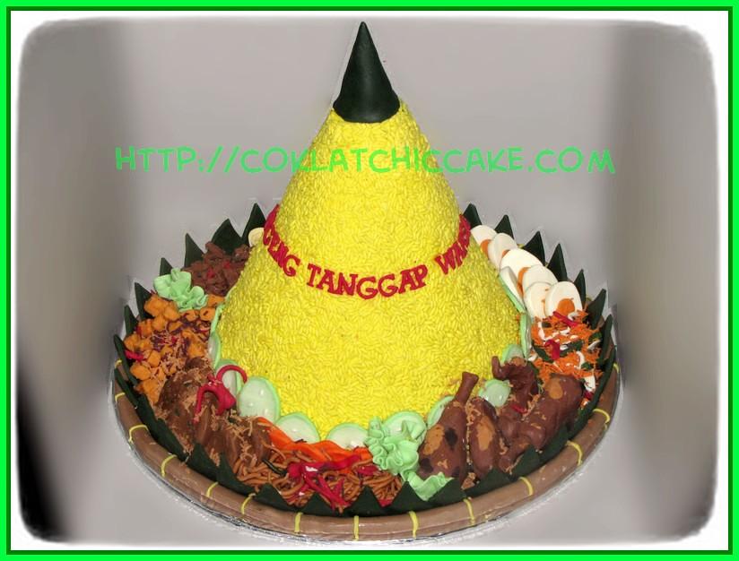 Cake Tumpeng