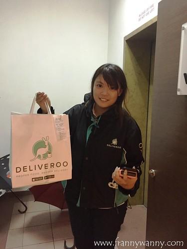 deliveroo sg