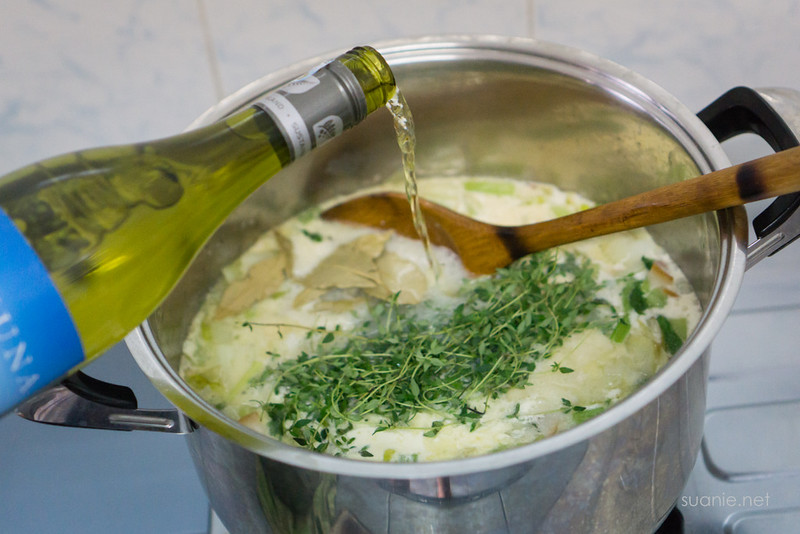 Recipe Lance Clam Chowder - wine and thyme