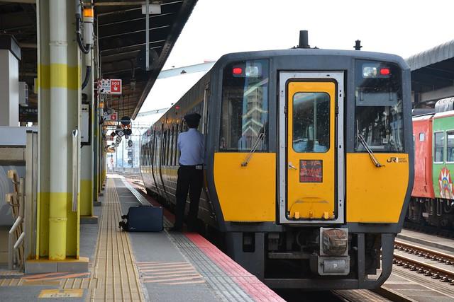 キハ187、鳥取駅