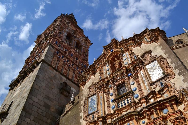 La rica fachada de San Bartolomé