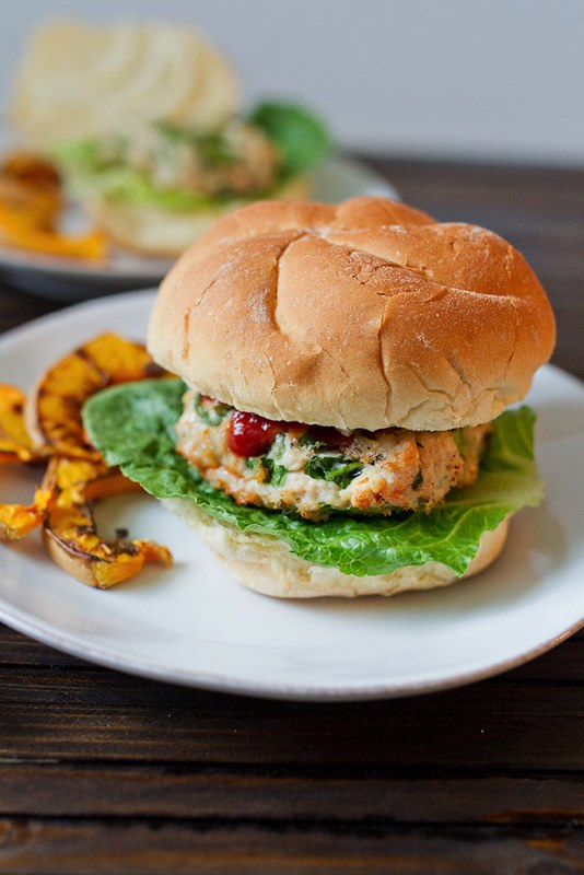 15 Healthy Burger Recipes, Meat and Meatless. Everything from beef and turkey to salmon and black. There's something for everyone! Spinach and Feta Turkey Burgers