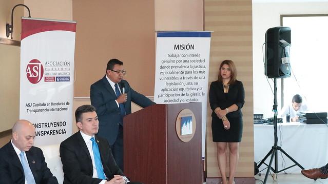 Presentación del informe Judicialización de la Corrupción Pública 2008 -2015 / Asociación para una Sociedad más Justa
