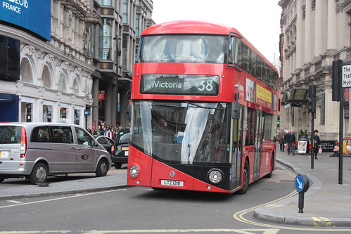 Arriva London North LT218