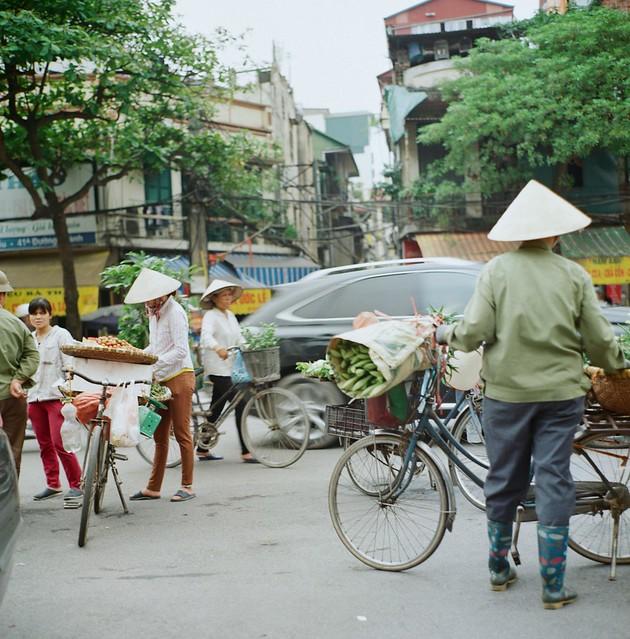 {Hanoi - venders 1}