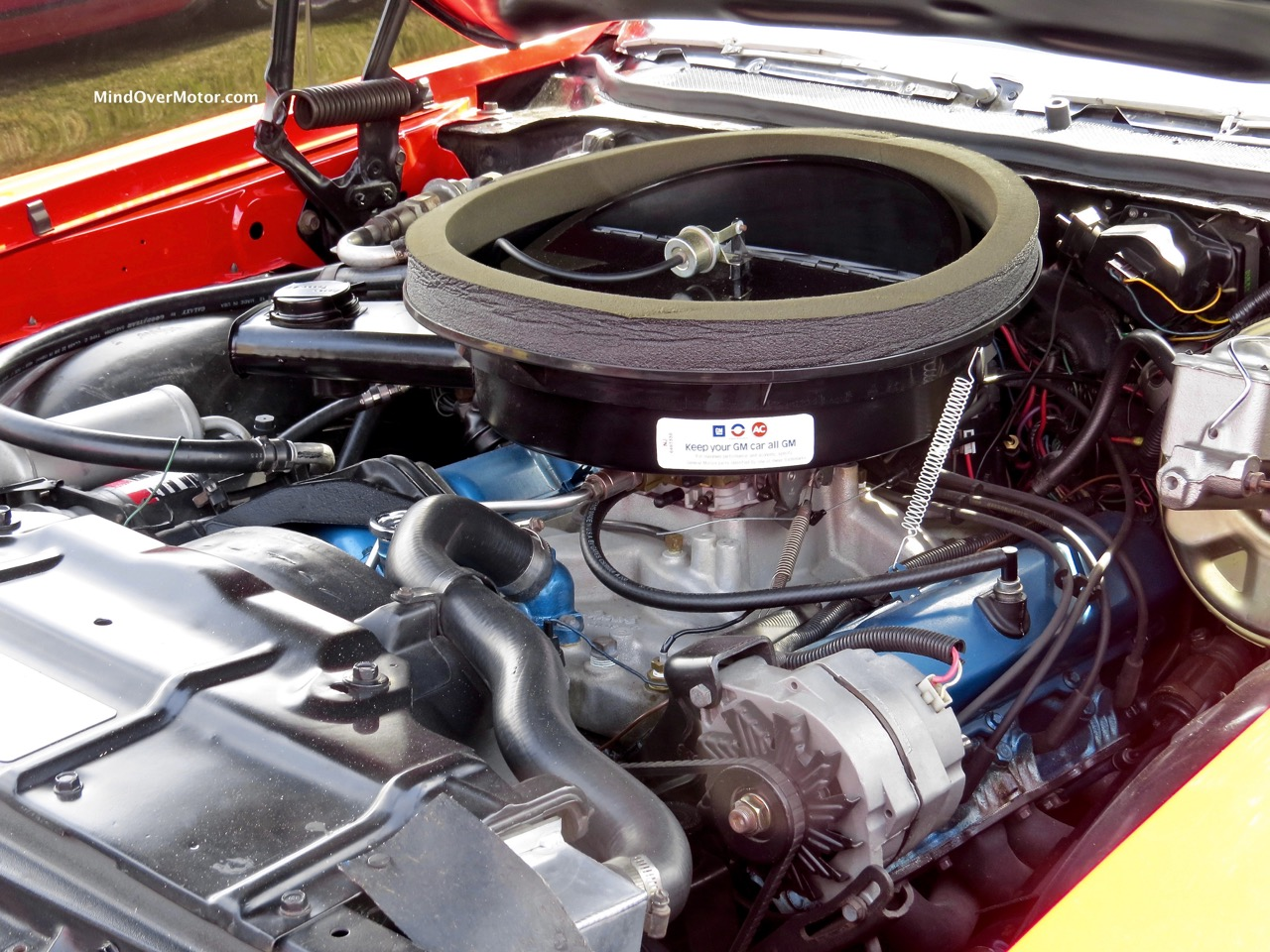 1971 Oldsmobile 442 Engine Bay