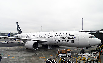 United B777-20ER Star Alliance (RD)