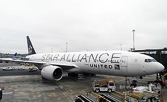 United B777-20ER Star Alliance (RD)
