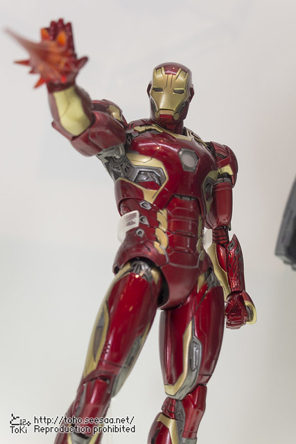 MEDICOM_TOY_20th_iron-5