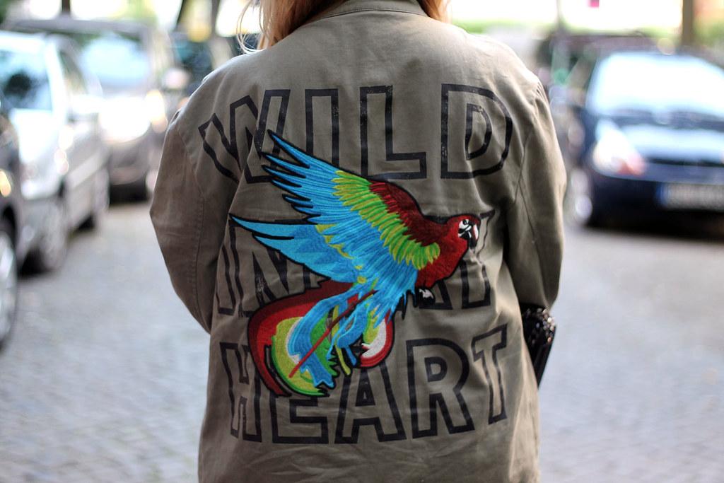 outfit-look-style-modeblog-fashionblog-tasche-jacke-zara-print-spitzenkleid-sommer12