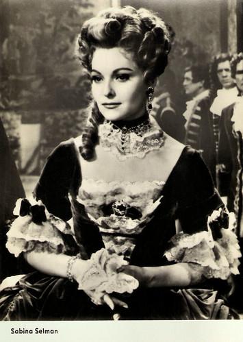 Sabina Sesselmann in Le Bossu (1959)