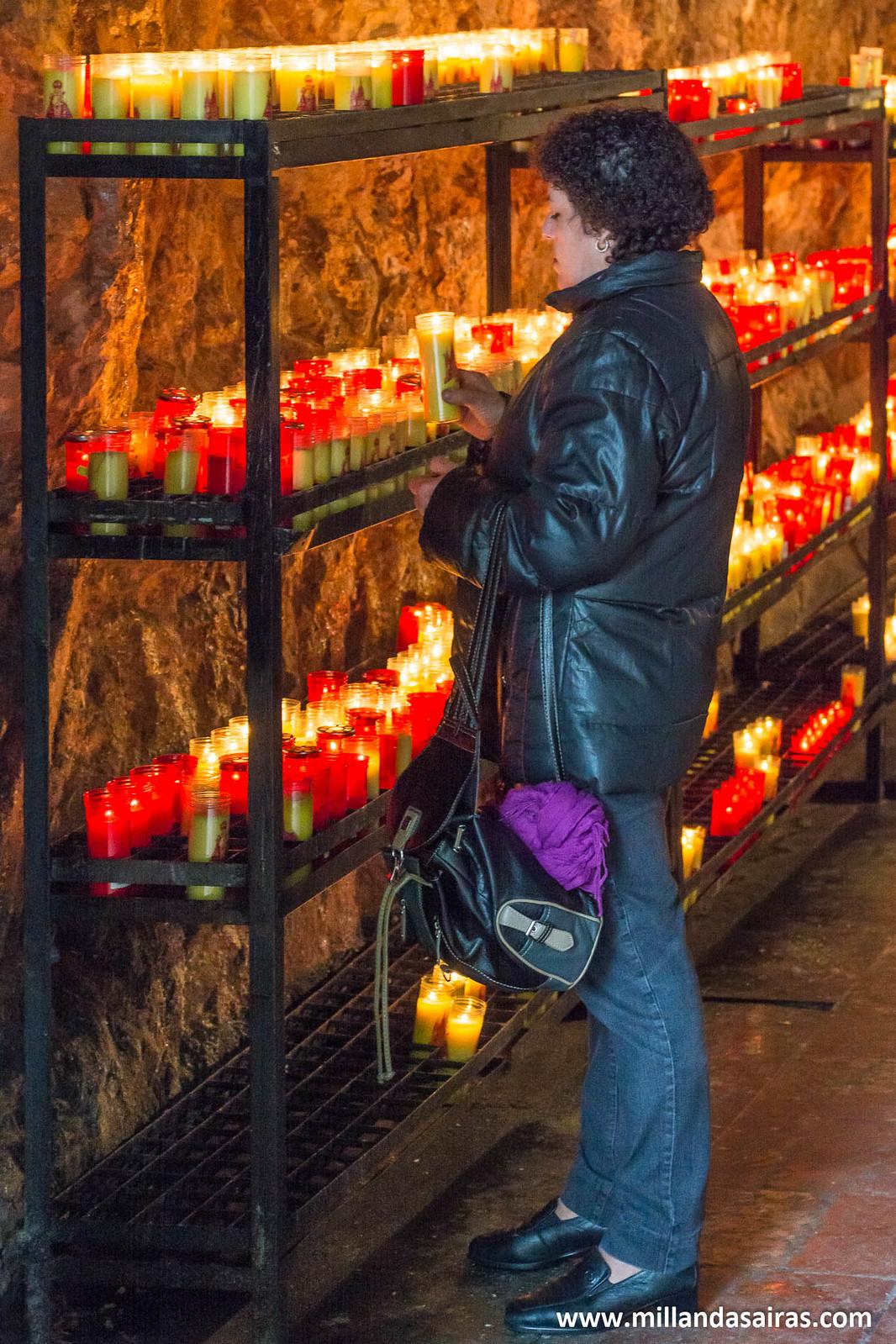 Ofrendas en forma de velas