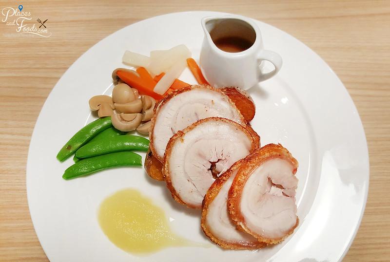 wayne cafe sri petaling roast pork