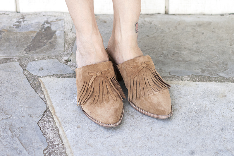 10madewell-suede-leather-fringe-mules-style-fashion