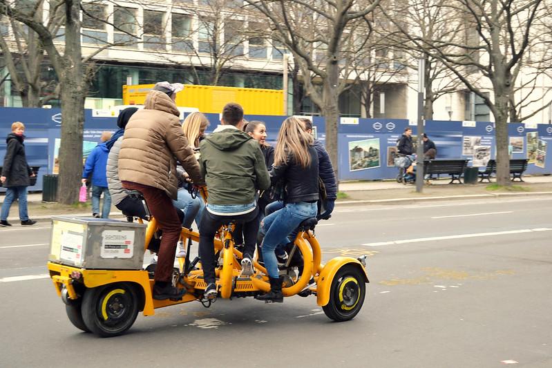 bici en grupo Berlin 2016