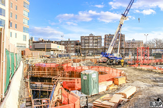 Pierce-Boston-Brookline-Avenue-Boylston-Street-Fenway-Point-Weiner-Ventures-Samuels-Associates-Development-Arquitectonica-John-Moriarty-Associates-Construction-J-Derenzo-Company-Hayward-Baker-Bay-Crane-3