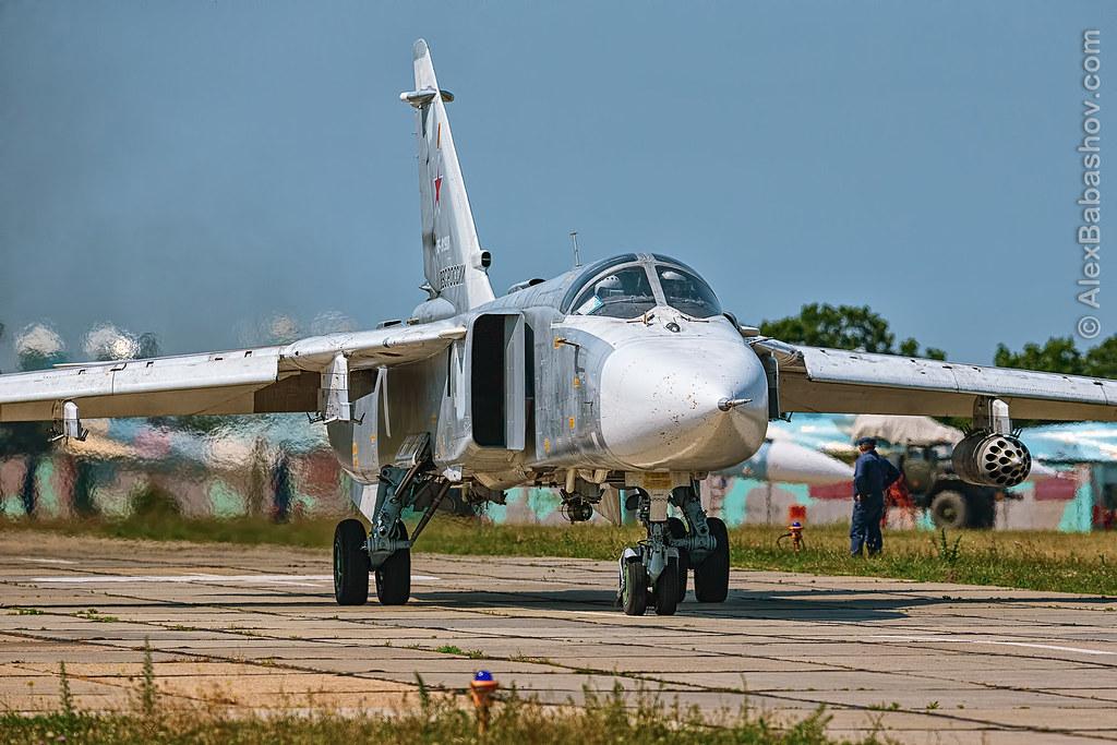 Sukhoi Su24 RF-91988