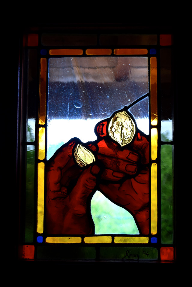 Walnut Stained Glass Window in the Dordogne Valley   www.rachelphipps.com @rachelphipps