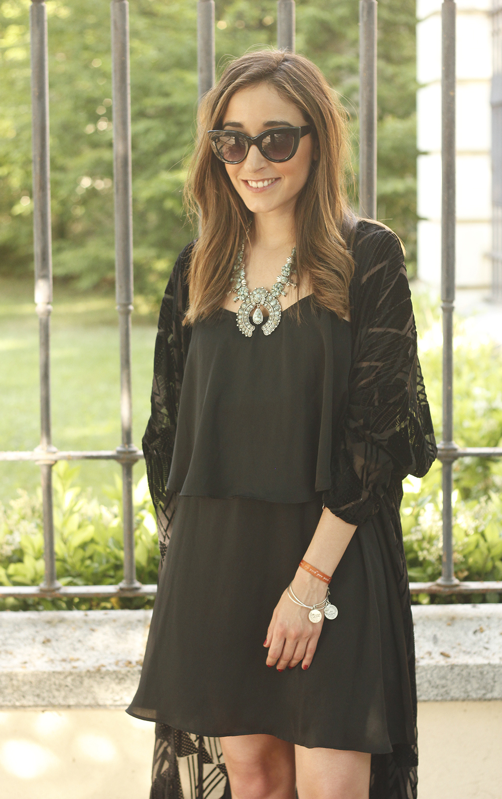 black kimono and black dress sandals accessories summer outfit style fashion sunnies10