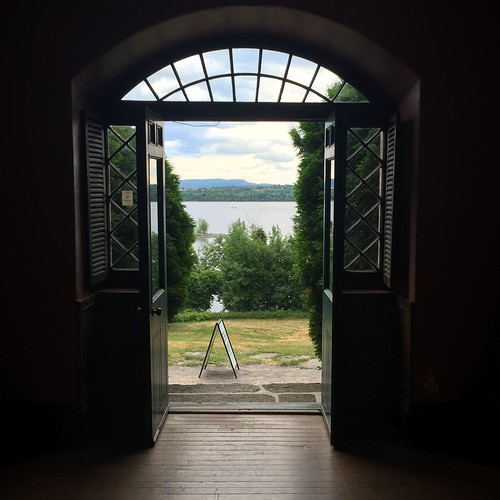 The view from the main house, Pinhey's Point