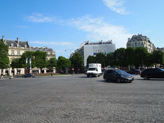 P5281822 シャンゼリゼ大通り L'Avenue des Champs-Élysées パリ フランス paris france
