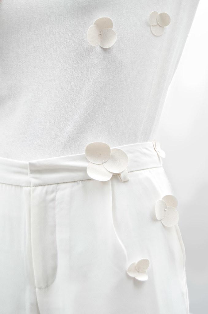 diy-camisetas-personalizadas-flores-tela-fin12
