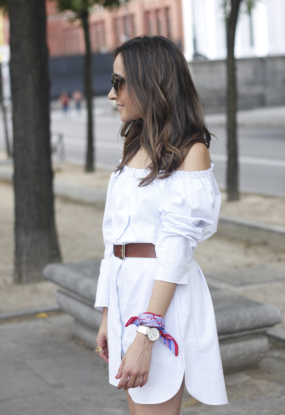 Off the shoulders striped dress belt summer outfit wedges sunnies style18