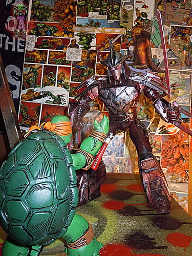 "MONDO; Nickelodeon TEENAGE MUTANT NINJA TURTLES ; THE FIRST TURTLE (ORANGE MASK EDITION) xi / .. vs. Playmates 11"" Battle Shell SHREDDER 2014 (( 2016 ))"