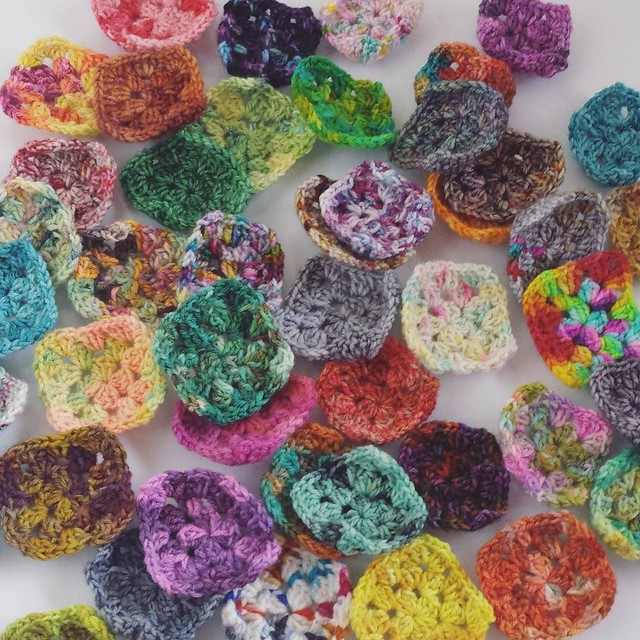 tiny granny squares! They're 3 rounds crocheted from sock yarn. I have 50 of them right now, eventually they will become a blanket but for now I'm just going to keep crocheting #crochetersofinstagram #craftastherapy #crochetgirlgang #grannysquaresrock #sc