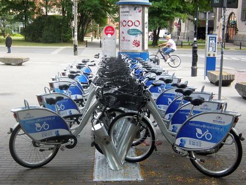 пункт прокату велосипедив у Варшави
