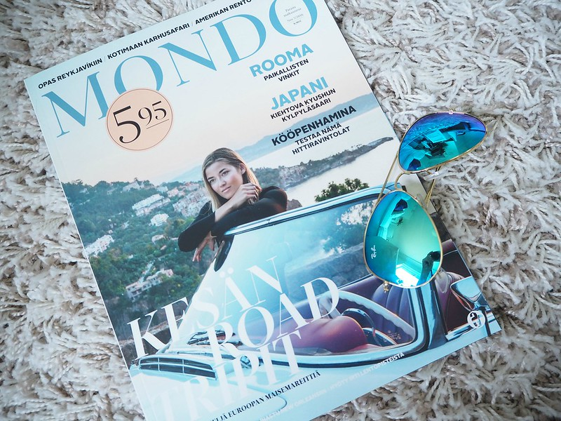 mondolehtiraybanaurinkolasitP6056181, ray ban, sunglasses, mirror lens, blue, turquoise, turkoosit linssilasit, mondo magazine, mondo lehti, matkailulehti, matkalehti, travel magazine, best, paras, ideas, inspiration, ordering, tilaaminen, matka inspiraatio, travel inspiration, 5 x favorites, favorites, suosikit,