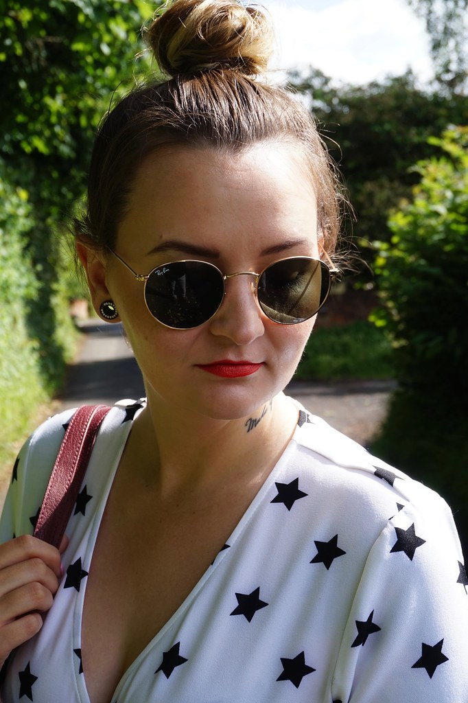 fashion, style, how to style, how to style a statement jumpsuit, how to style a jumpsuit, everything 5 pounds, daniel wellington, daniel wellington watch, rayban, rayon rounds, katelouiseblog, styling,