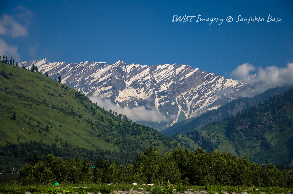 Manali to Leh Bus Journey by Himachal Tourism Bus-1