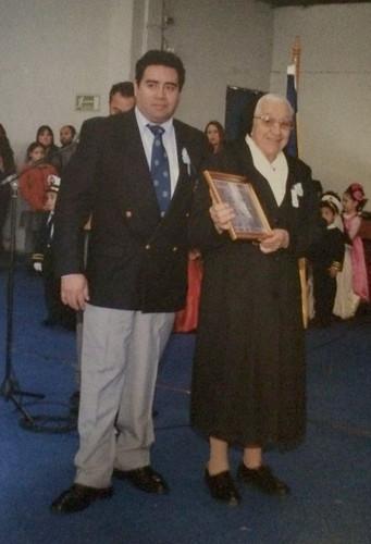 Mulchén: Hna. Hilda recibe reconocimiento por su servicio