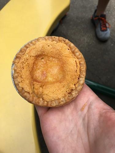 Mini chess pie