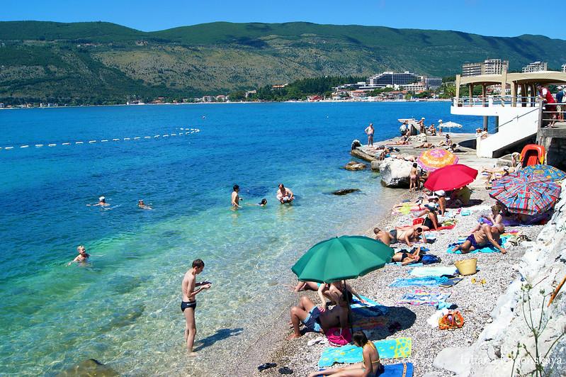 Пляж в районе Топла, Херцег Нови
