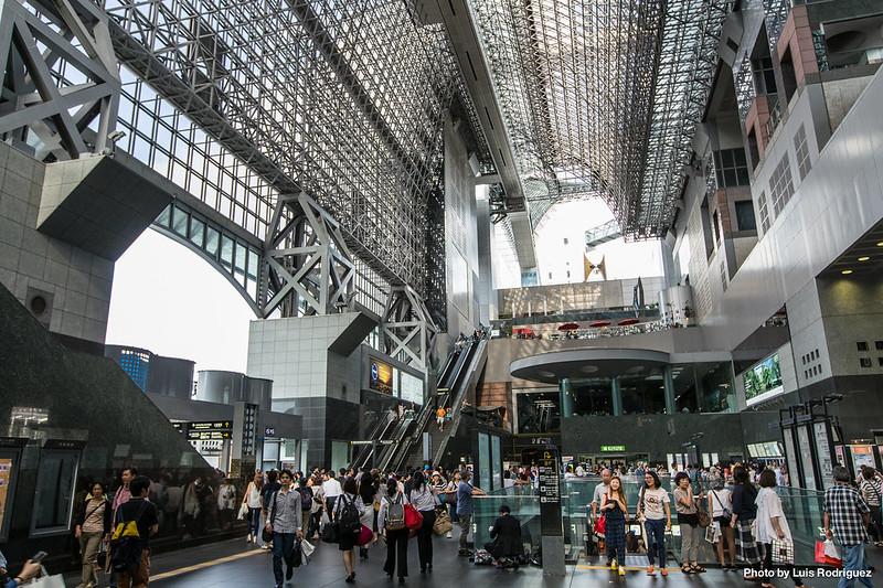 interior-estacion-kioto-1